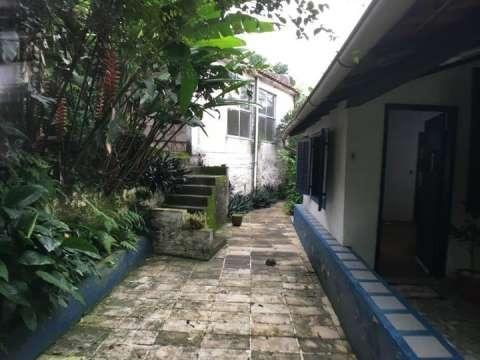 Vende-se casa de posse em clima bucólico no Alto da Boa Vista com 4 quartos - Foto 2