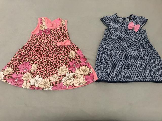 Lote feminino com 9 peças tamanho 1 ano (5 vestidos e 4 conjuntos) - Foto 3