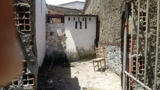 Vende-se uma casa ou troca - Foto 3