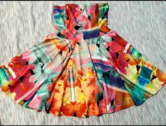 Vendo dois lindos vestidos!! - Foto 2