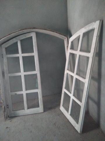 Vendo uma janela de Angelim em ótimo estado de conservação!