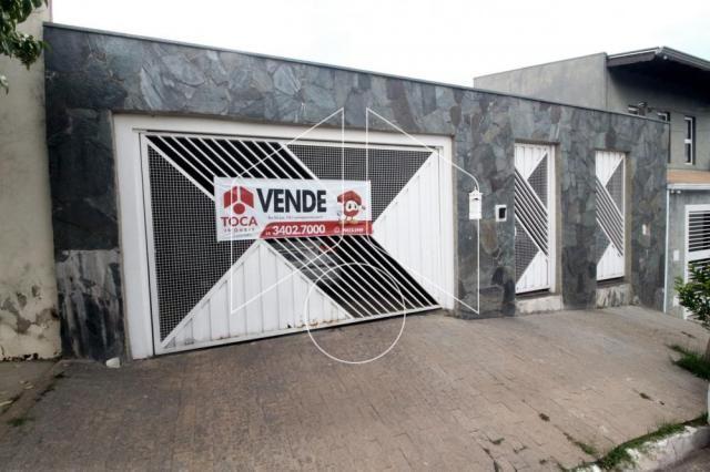 Casa à venda com 3 dormitórios cod:V10981