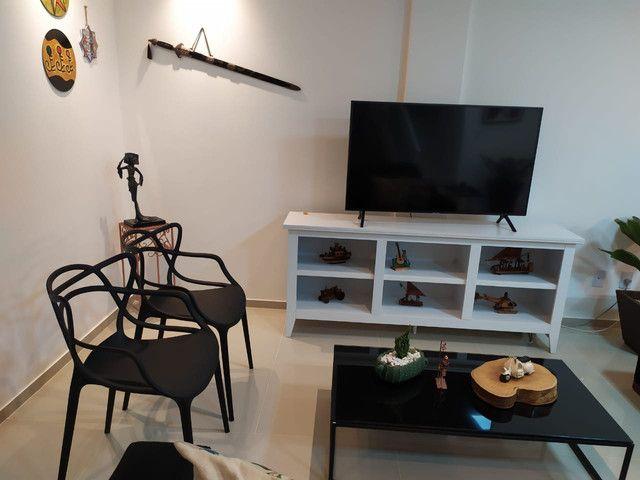 Casa de condomínio, possui 124 m2 com 3 quartos sendo 2 suítes e 1 semi-suíte - Foto 13