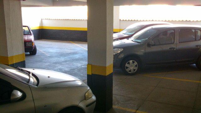 Alugo Excelente Apt Bairro Chique Com Garagem e Varanda - Foto 8