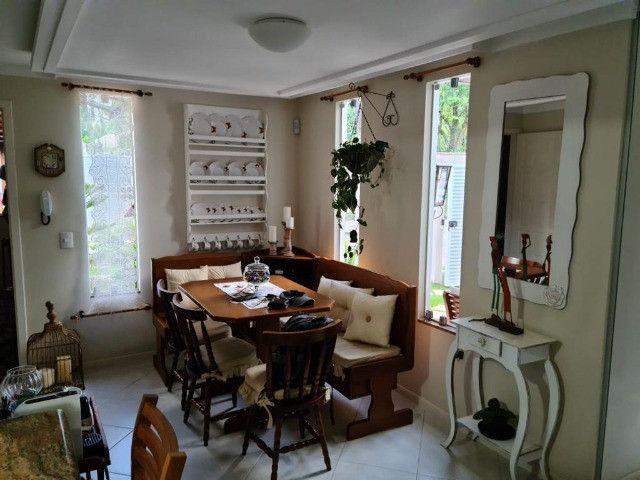 Vendo Belíssima casa em Santa Teresa no bairro Jardim da Montanha - Foto 5