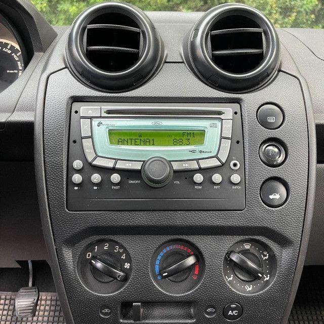 Fiesta Sedan 1.6 - Foto 12