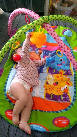 Tapete de atividades para bebê