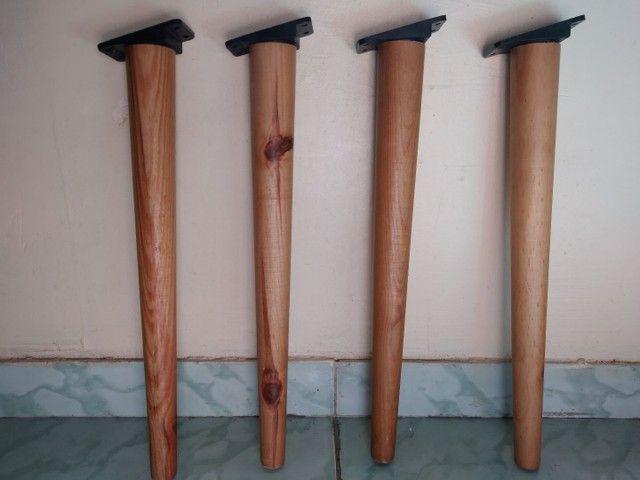 Pés em madeira maciça para móveis