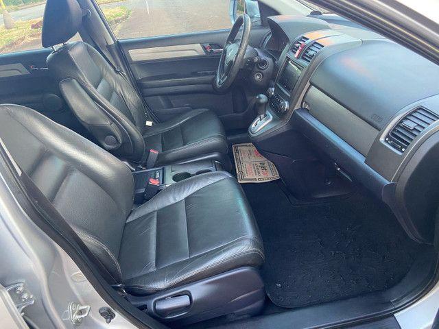 Honda CRV 2.0 LX 2011 Automática zerada / tro.co e financio - Foto 11