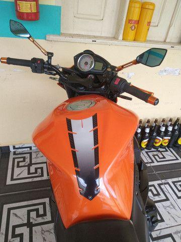 Moto 750 - Foto 3