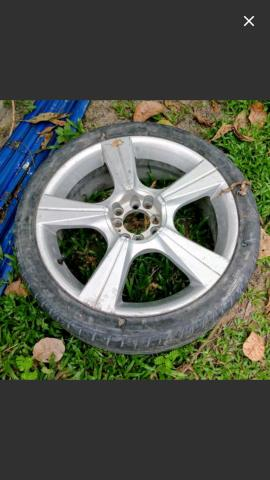 4 Aros 18 Universal 4 Furos sem pneus