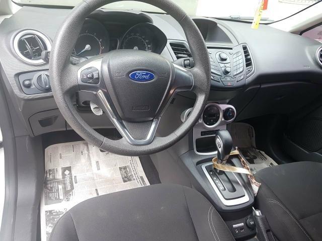 New Fiesta 1.6 15/15 automático SE