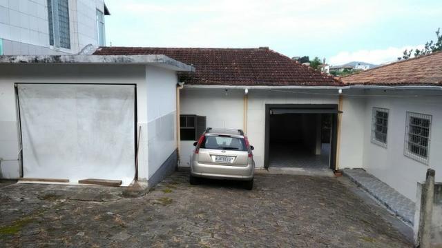 1621 - São 3 casas em terreno de 1260 m² - próxima a Base da Aeronáutica - Sul da Ilha - Foto 5