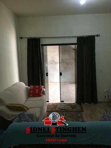 Casa na Praia, 02 dormitórios, laje, piso cerãmico e terreno todo murado - Foto 12