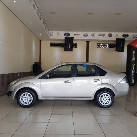 Ford Fiesta Sedan 1.6 12/13 - Troco e Financio! - Foto 4