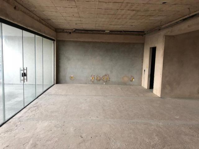 Ed. City Bay - Apto reformado, 302 m², 4 Suítes, 4 Vagas, no Umarizal - Foto 3