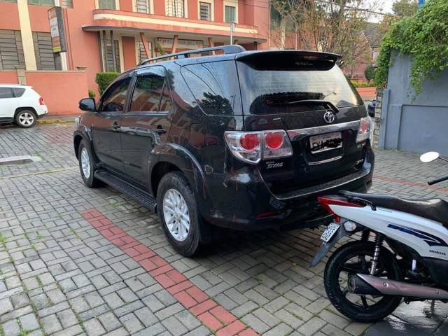 Toyota hilux sw4 srv 2014 diesel - Foto 2