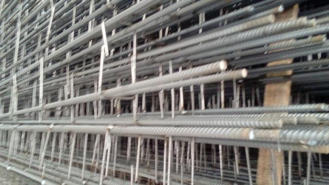 Colunas prontas com extribos dobrados nas duas pontas - Foto 2