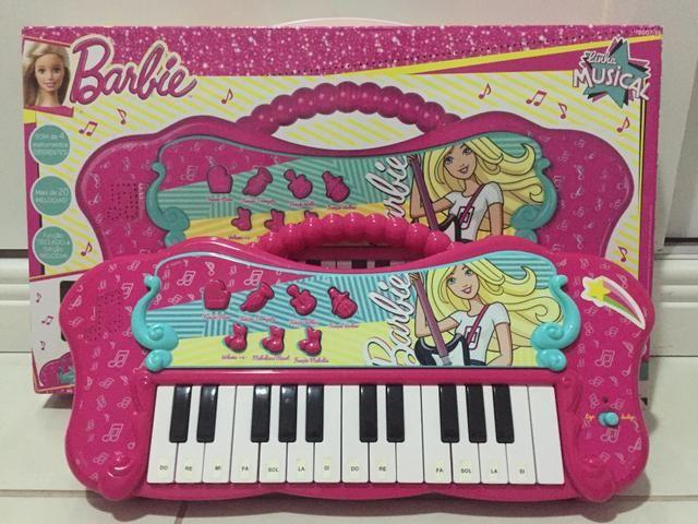 Vendo teclado musical da Barbie na caixa!