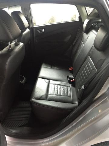 Vendo New Fiesta Titanium 2014 Hatch - Foto 3