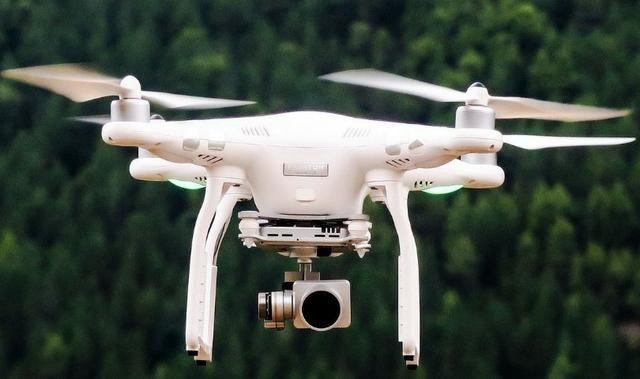 994853a3684 Drone Dji Phantom 3 Advanced, 2 Baterias E Mochila - Hobbies e ...