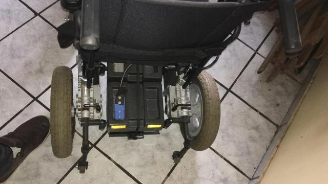 Cadeira de Rodas Elétrica - Foto 4