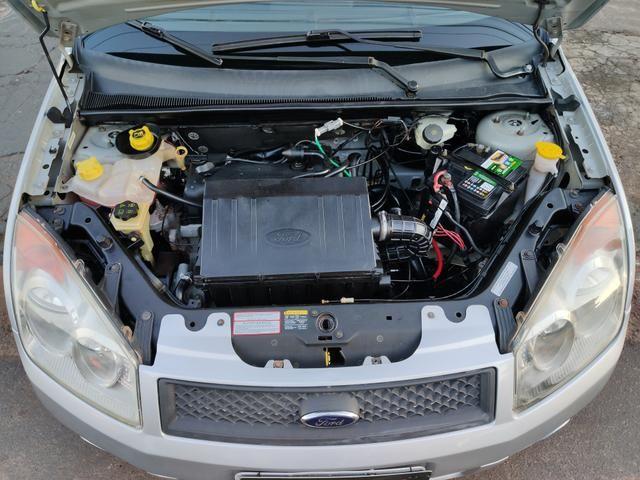 Ford fiesta 1.0 completo 2009 muito conservado - Foto 14