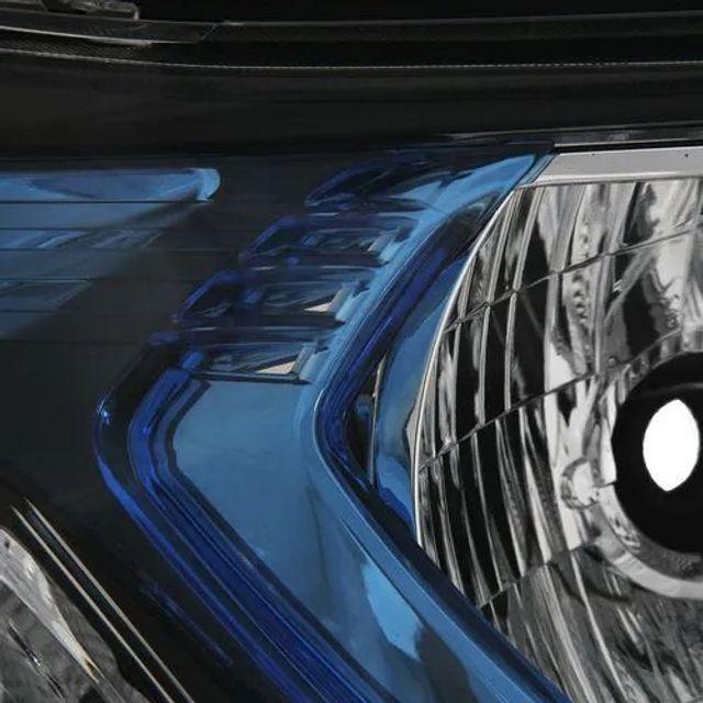 Farol onix/prisma muldura azul lado direito 2013 a 2018 peça nova obs: posso instala - Foto 3