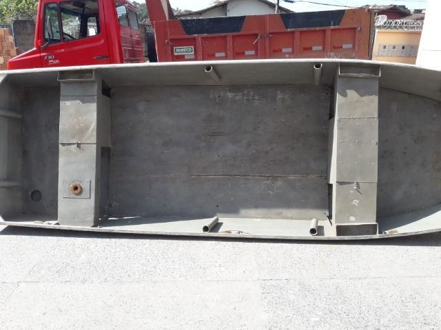 Barco de alumínio e reboque - Foto 3
