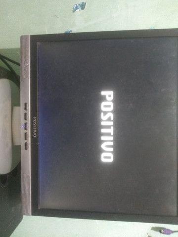 Monitor positivo