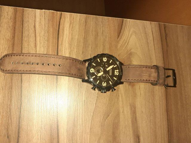 Relógio Fossil pulseira de couro  - Foto 2