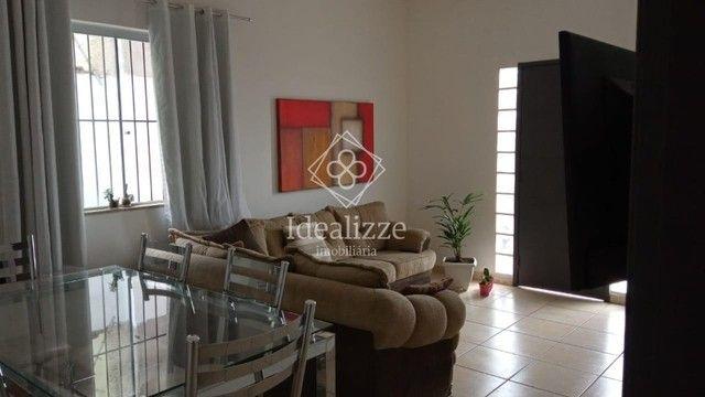 IMO.967 Casa para venda Vila Santa Cecília-Volta Redonda, 3 quartos - Foto 3