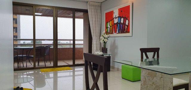Apartamento Porto Seguro| Com 3 dormitórios | 5 andar e com 128m2 - Foto 14