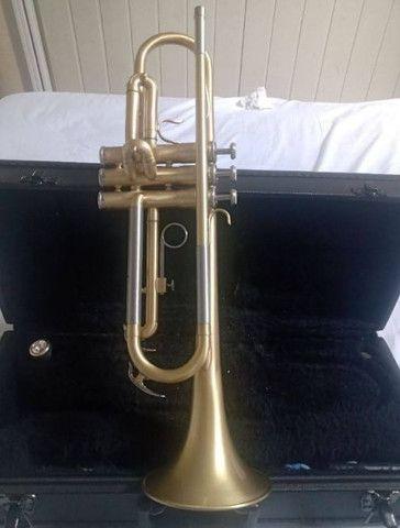 Trompete Yamaha semi novo