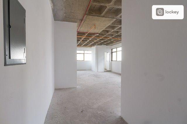 Sala com 132m² - Foto 10