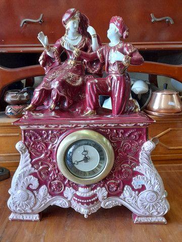 Relógio antigo de porcelana  - Foto 2