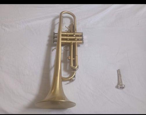 Trompete Yamaha semi novo - Foto 3