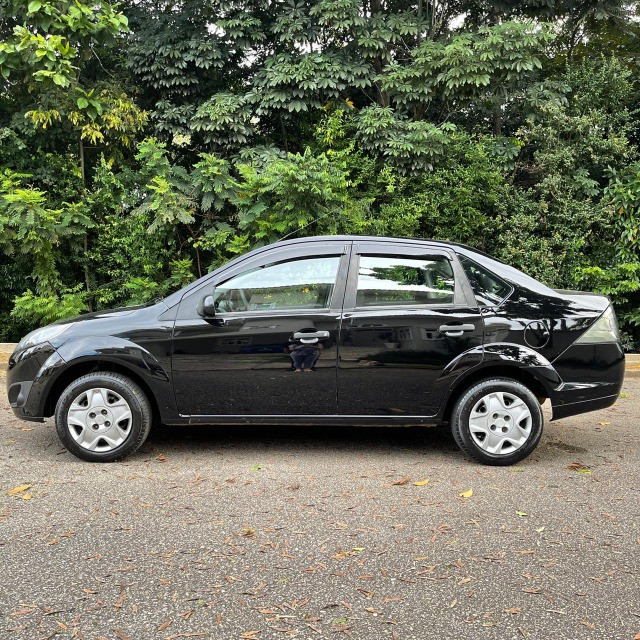Fiesta Sedan 1.6 - Foto 7