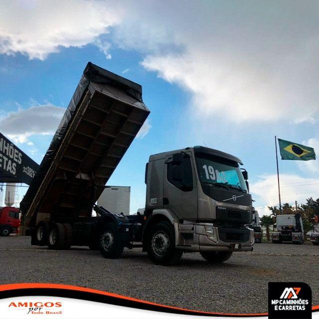 Caminhão Volvo Vm 330 Bitruck 8x2 Caçamba Agrícola 2019 - Foto 5