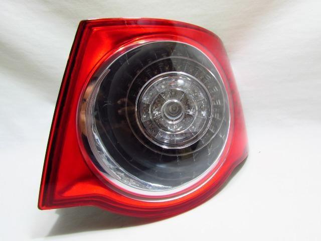 Lanterna Traseira Canto Jetta 2008 2009 2010 C/ Led Direito