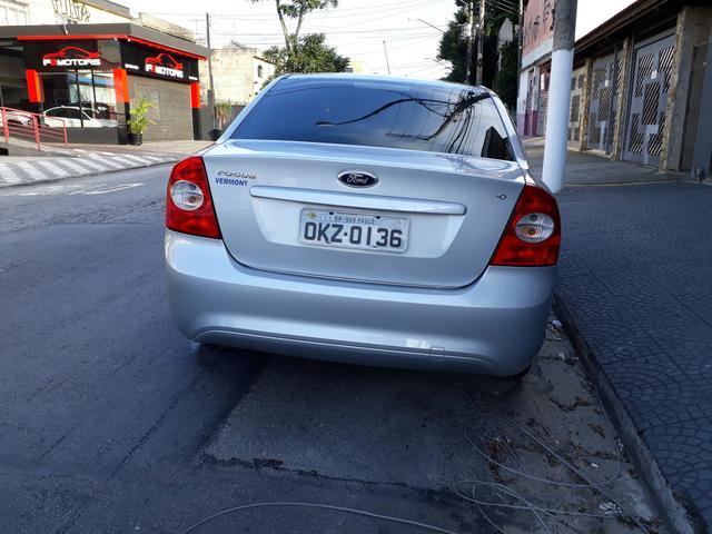 Ford Focus Glx 2.0 flex sem entrada - Foto 3