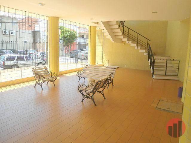 Apartamento com 1 dormitório para alugar, 40 m² por R$ 450,00 - Centro - Fortaleza/CE - Foto 2
