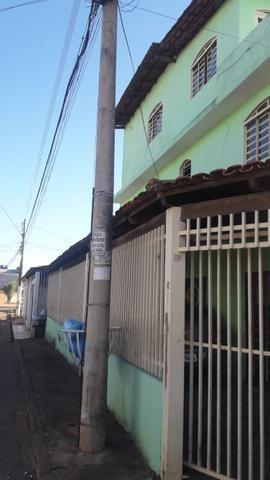 Vendo ou troco casa samambaia Sul QR 514 - Foto 2