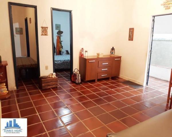 Casa linear, independente, com muito quintal e garagem no centro de Itacuruçá - Foto 10