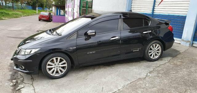 Honda Civic Sedan LXR 2.0 Flexone + GNV 5g 16V Aut. 4p - Preto - 2014 46.900 - Foto 3