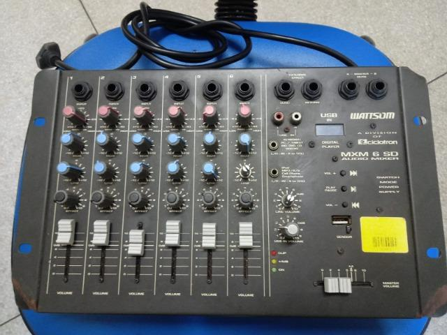 Mesa de som Analógica MXM 6 canais