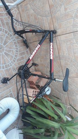 Vendo ou troco bike por play - Foto 2