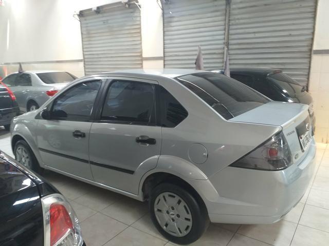 Fiesta sedan 1.6 class 2012 o mais Novo de Aracaju - Foto 2