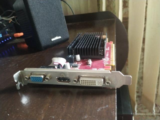 Placa de vídeo AMD hd6450 1 gb e memória DDR2 2gb - Foto 5