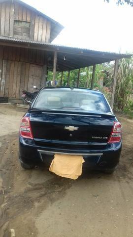 Vendo carro cobalt 1.4 bem conservado 2013 e 2014 não deve nada meu contato - Foto 7